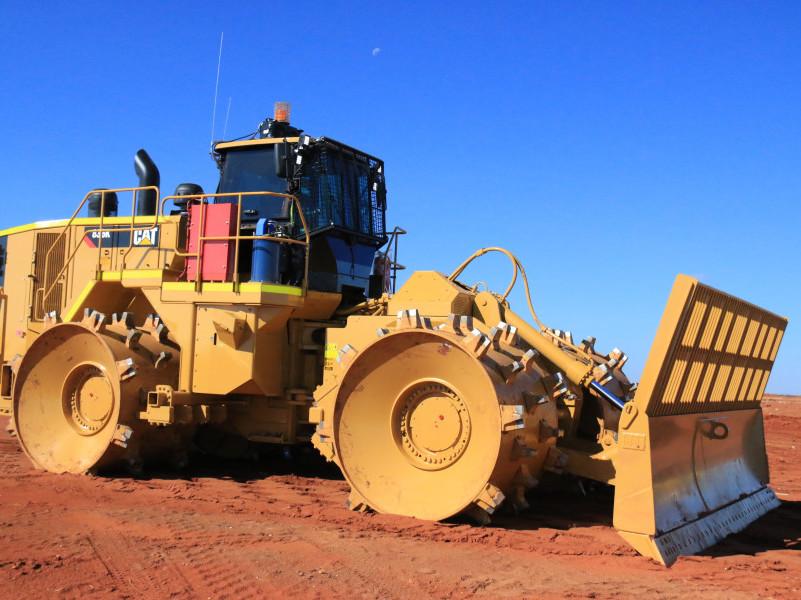 Caterpillar 836K landfill compactor