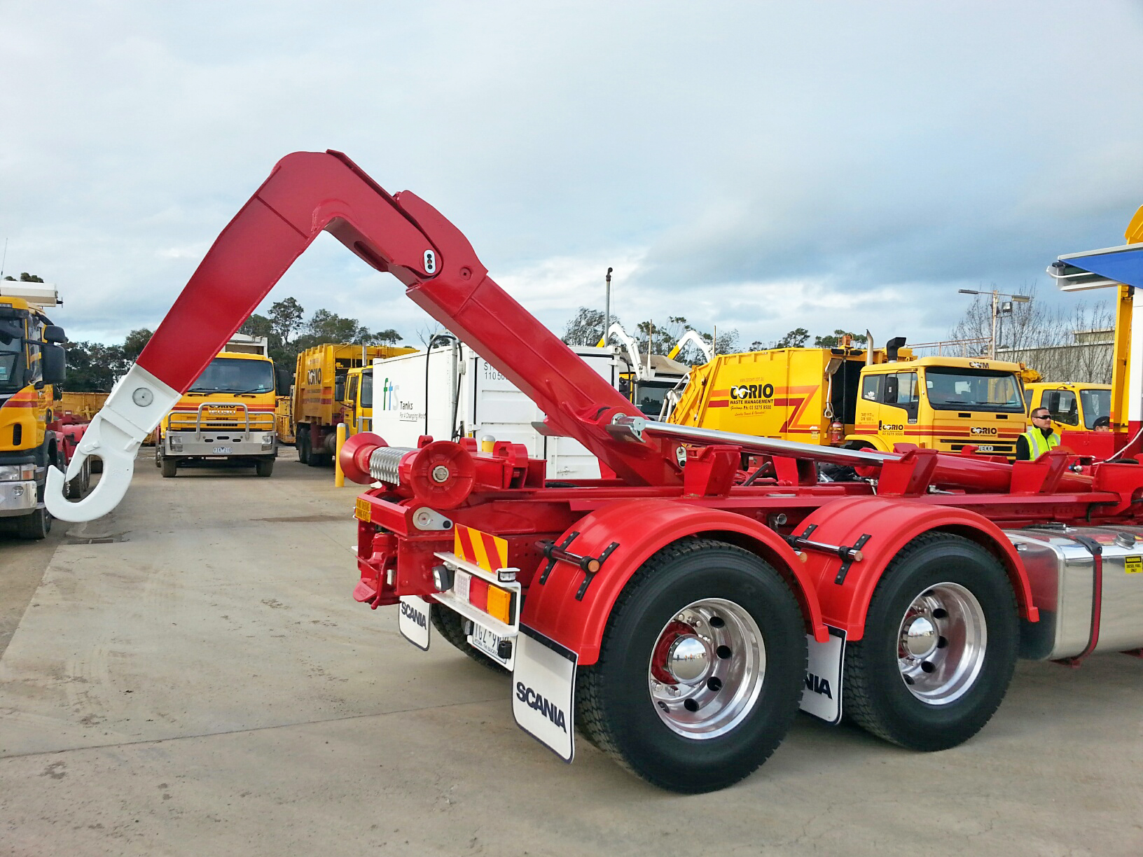 Corio Waste Management Hiab hooklift on its Scania