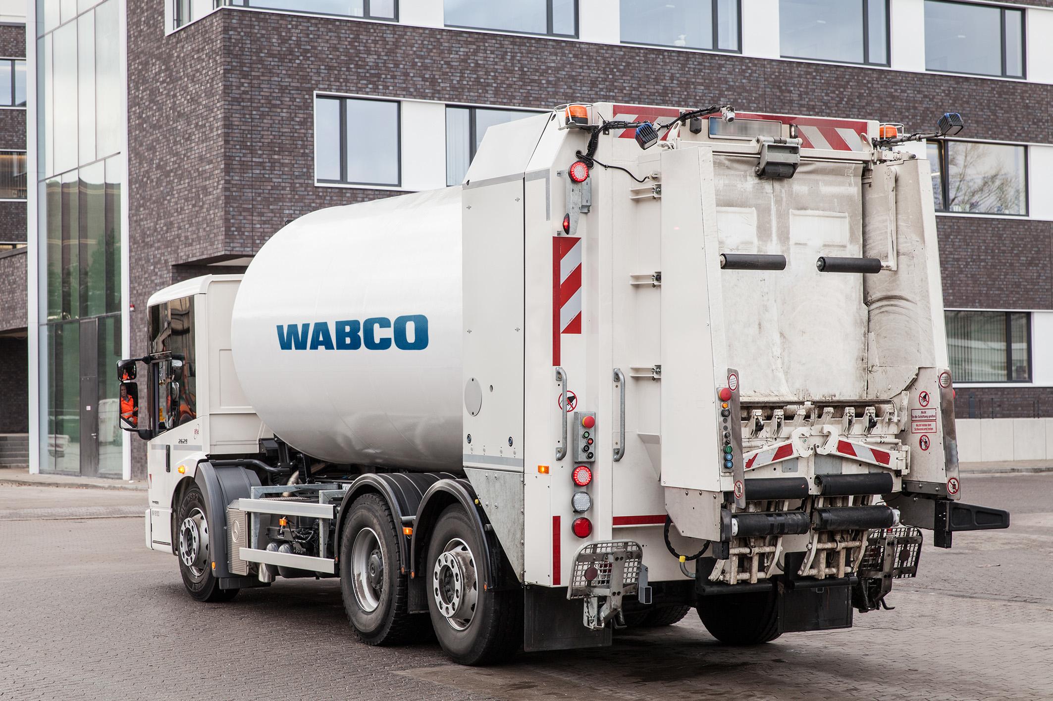 WABCO Trailer Remote Control Sensoren und Anzeige am Kundenfahrzeug