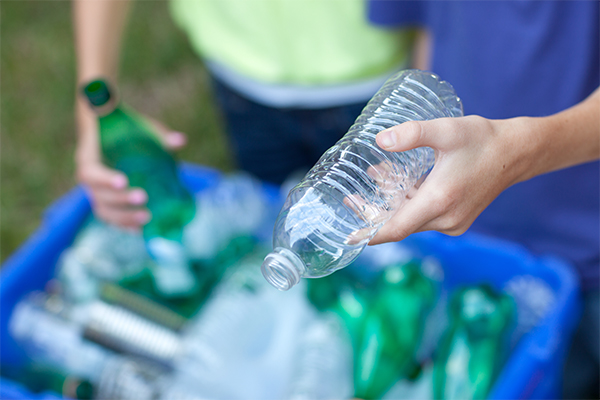 Big Bottle Tour of regional Victoria for container deposit scheme