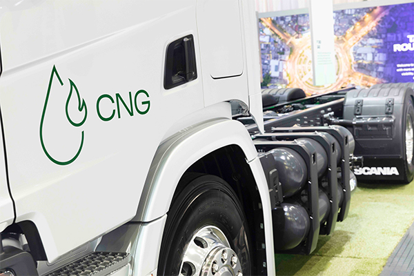 Scania launches natural gas engine