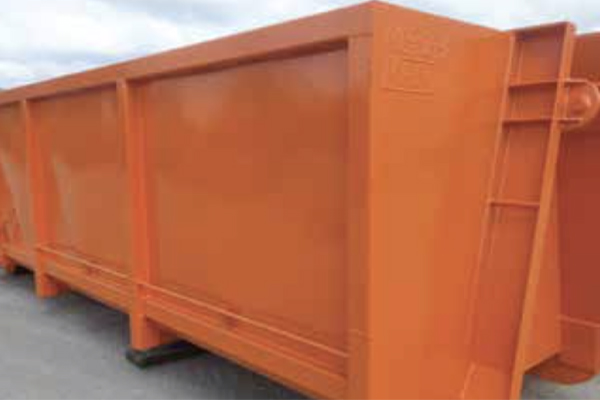 Act Bins' hooklift manufacturing