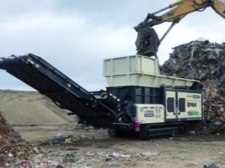 VIDEO: Terex TDS820 Slow Speed Shredder